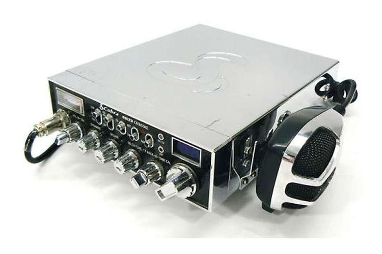 29LXCHR�Cobra 29 Chrome LX/LE 40 Channel 4 Color LCD CB Radio